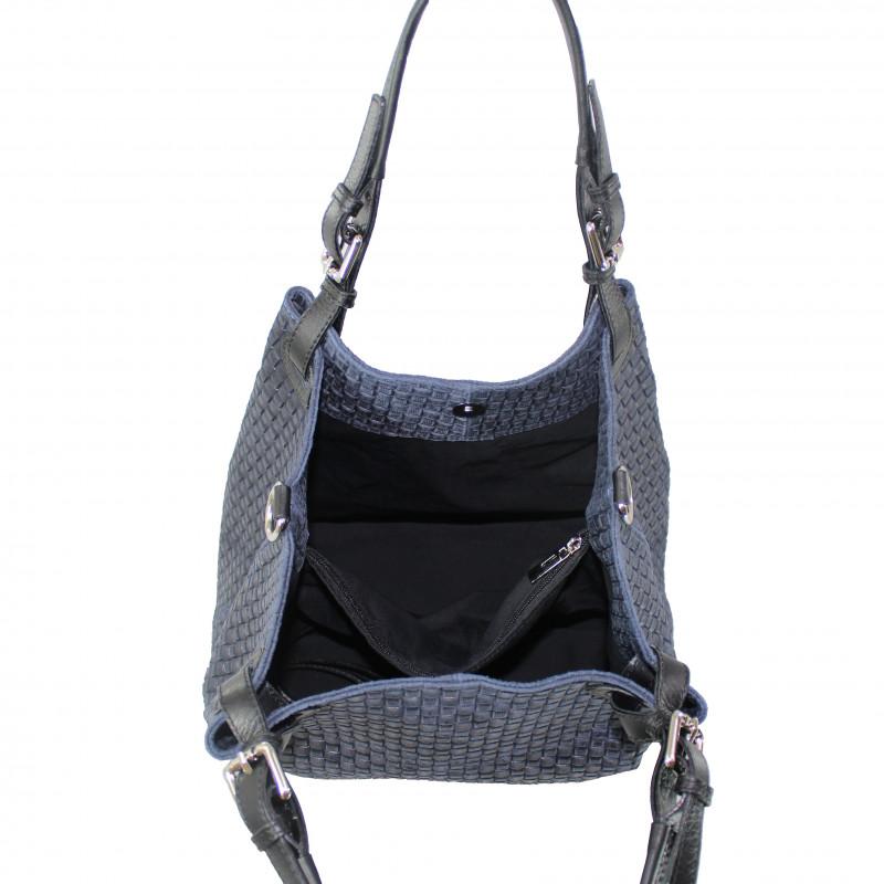 7435321ac9 Kožená modrá kabelka na rameno madeleine - KabelkyZeSveta