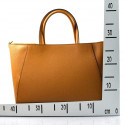 Kožená luxusní černá kabelka přes rameno daveney