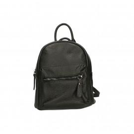 Praktický černý kožený menší batůžek bernee two