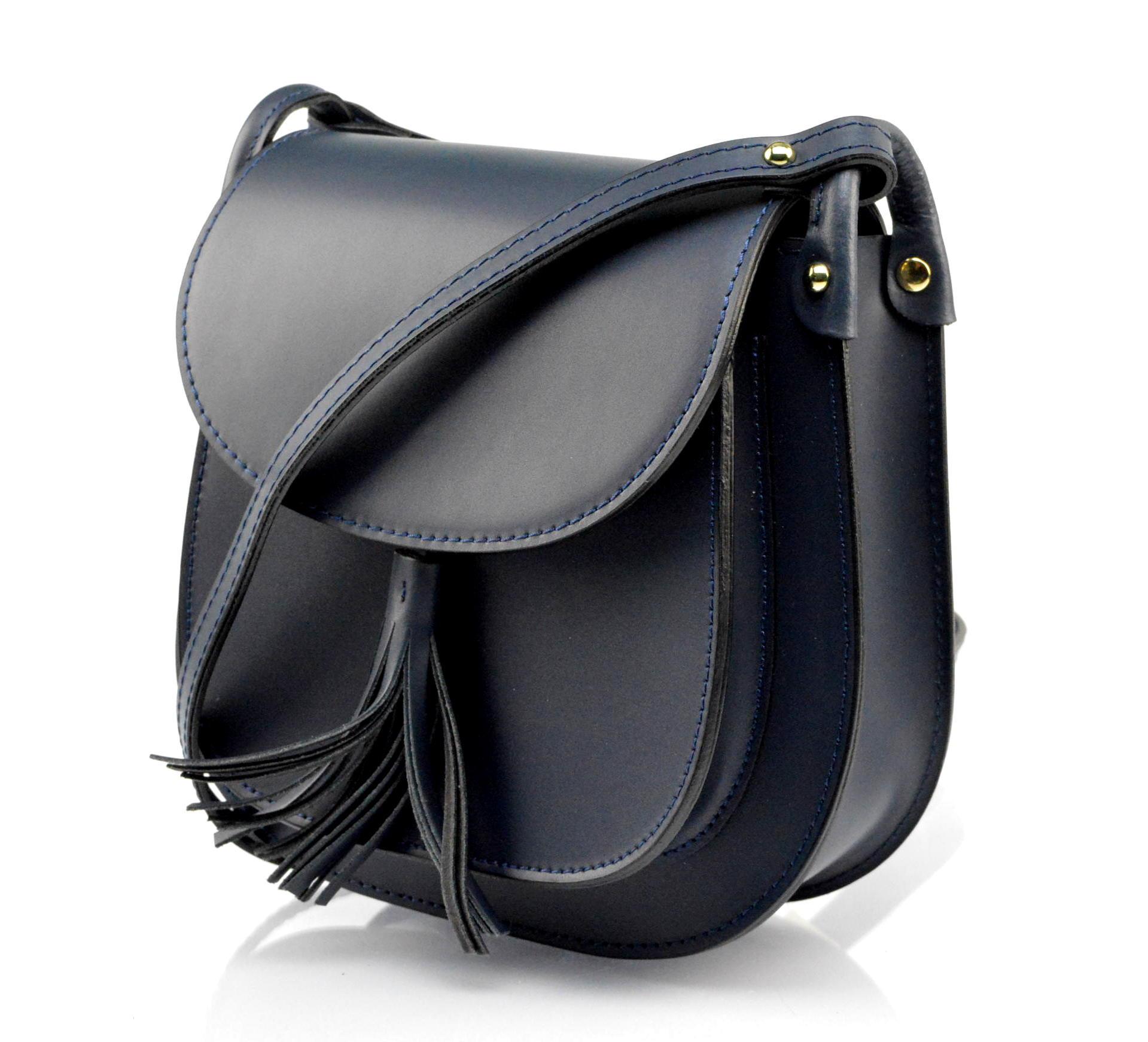 Kožená větší tmavě modrá crossbody kabelka na rameno bella