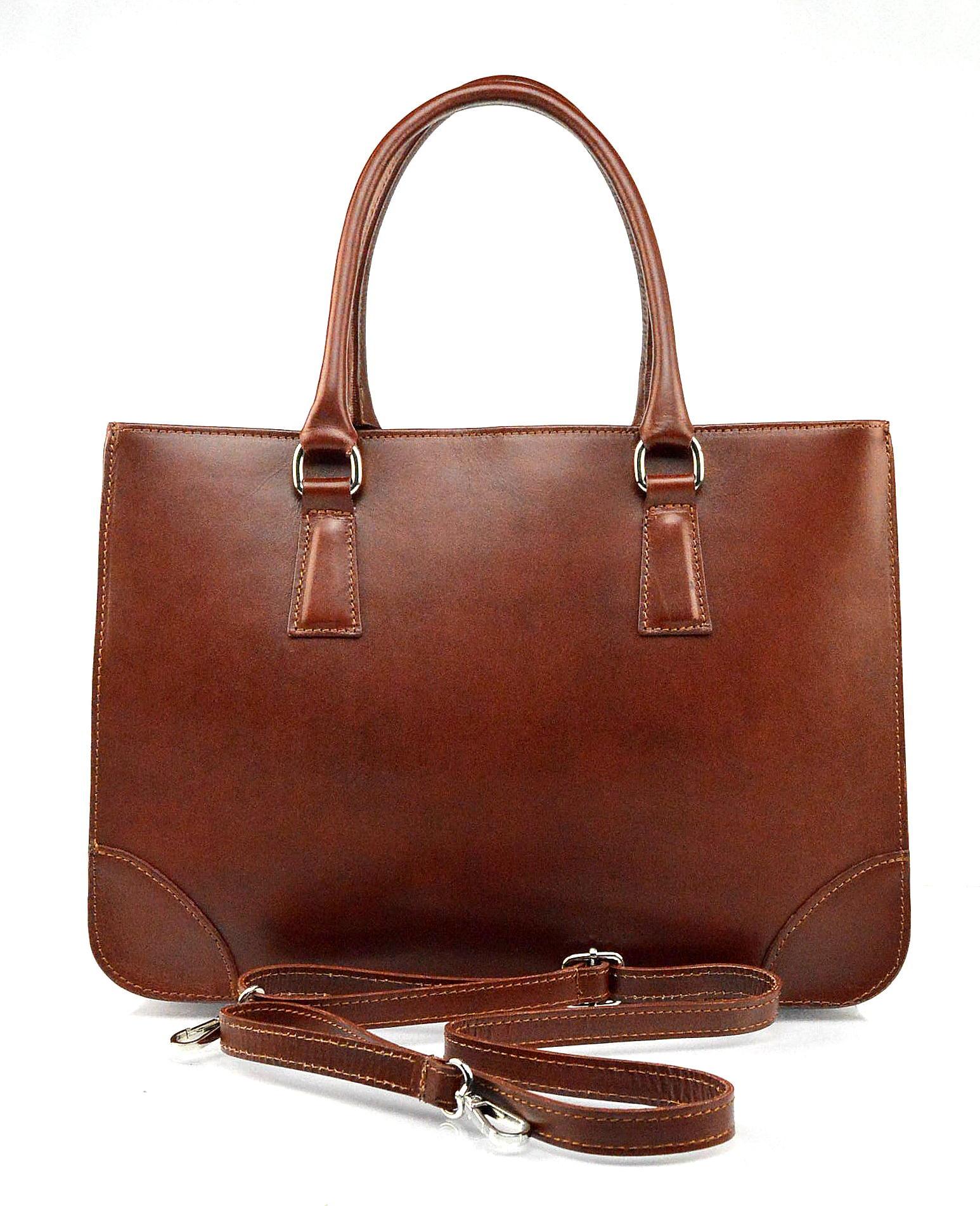 Kožená praktická hnědá větší kabelka do ruky Donna