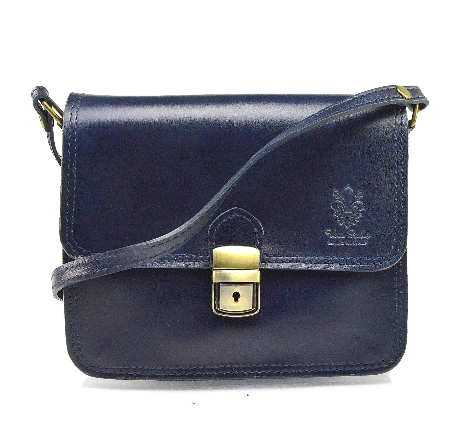 Kožená tmavě modrá crossbody kabelka na rameno cailee