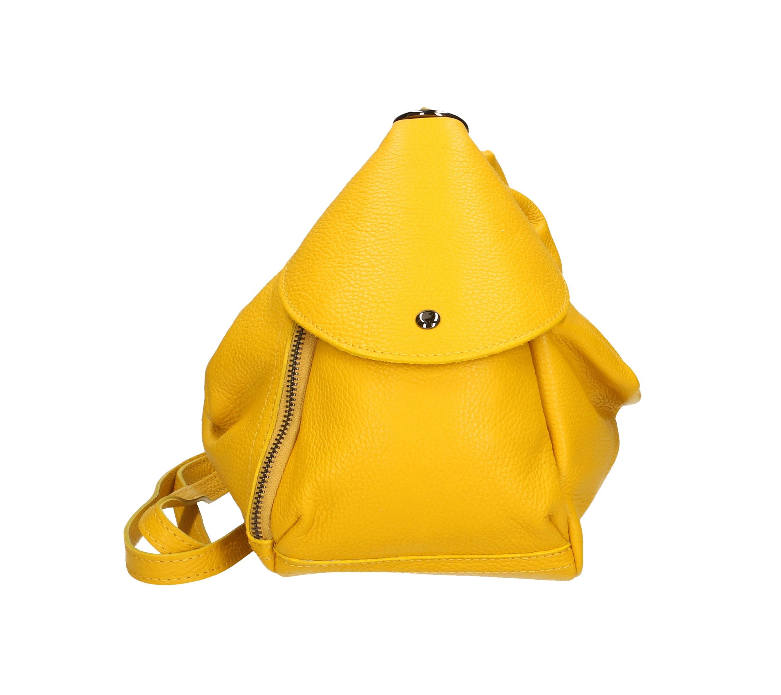 Praktický žlutý kožený větší batůžek tessi