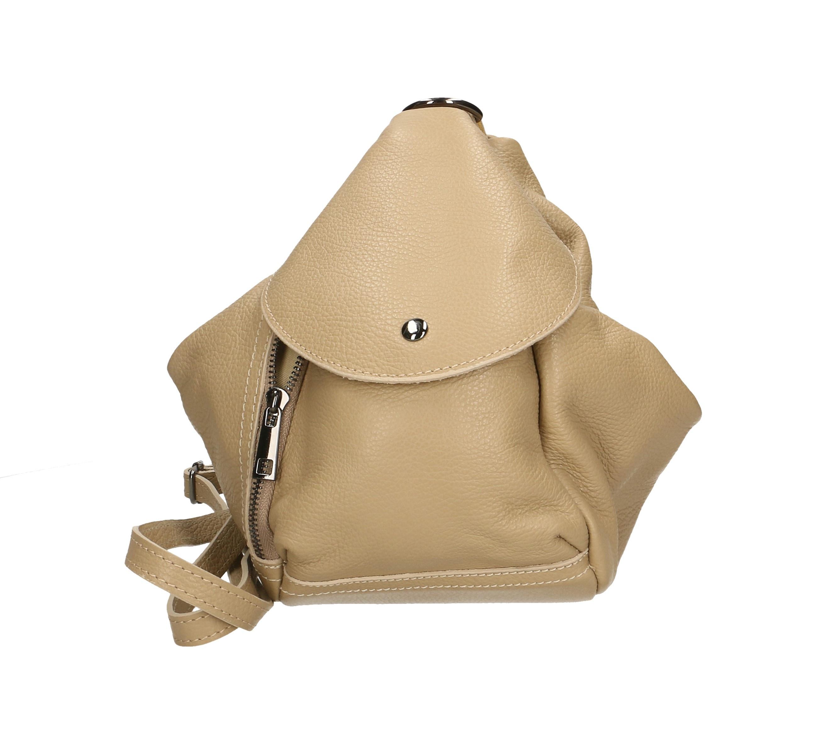 Praktický luxusní hnědý camel menší batůžek alexis