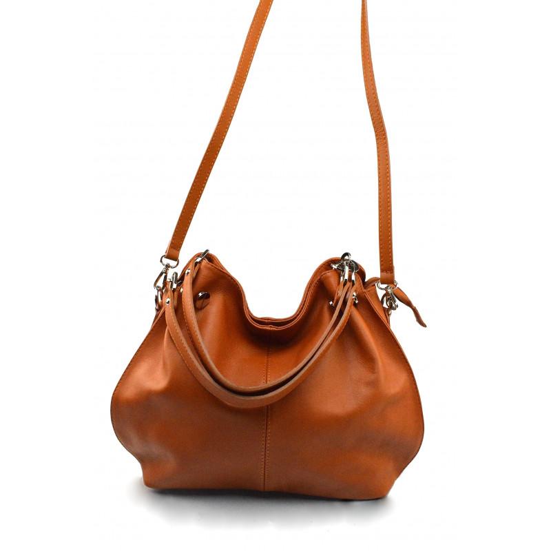 68041145a ... Kožená luxusní hnědá camel crossbody kabelka do ruky i přes rameno  lorreine ...