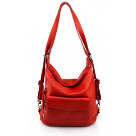 Prostorná moderní sytě červená kožená kabelka a batoh 2v1 Karin 2v1