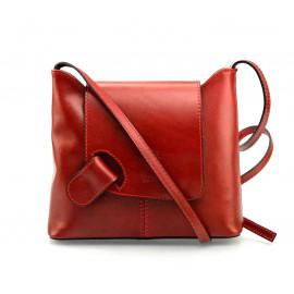 Kožená tmavě červená  crossbody kabelka na rameno Gizel