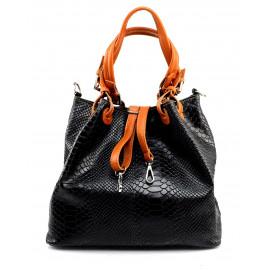 Kožená černá kabelka do ruky Madeleine Three