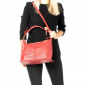 Kožená velká sytě červená taška na rameno clarita