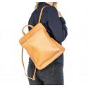 Praktická sytě modrá kožená kabelka a batoh 2v1 Aveline